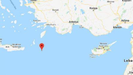 Akdeniz beşik gibi: 5.8'lik deprem