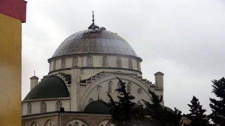 Depremin vurduğu cami bu kez fırtınada yıkıldı: Uzmanlar uyarmış, müftü risk yok demişti