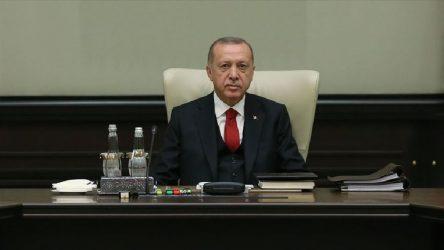 Dolmabahçe'de güvenlik toplantısı: Genelkurmay başkanı yok, AKP sözcüsü var!