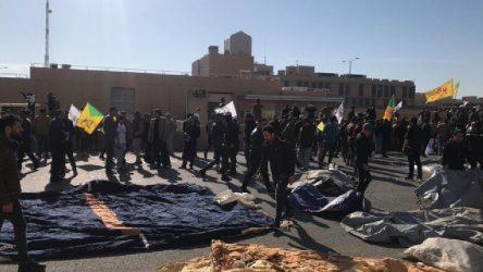 Iraklı protestoculara biber gazı!