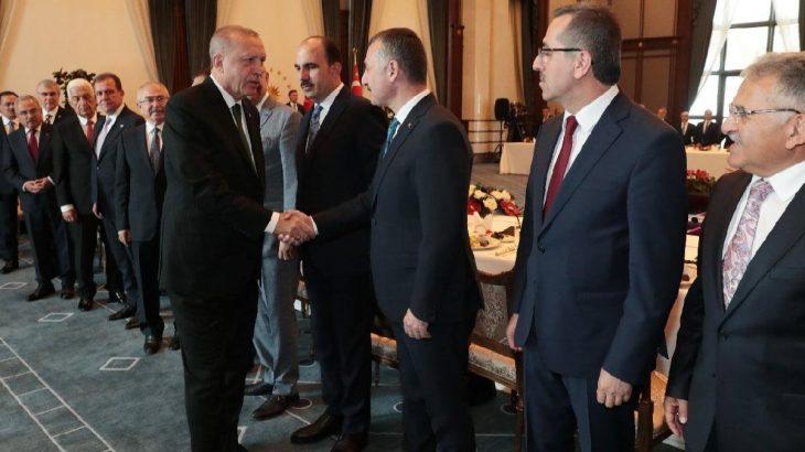 '85 belediye başkanı AKP'ye geçmeye hazırlanıyor'