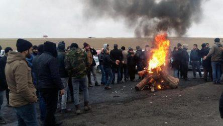 Yozgat Sorgun'da işten atılan maden işçileri direniş başlattı