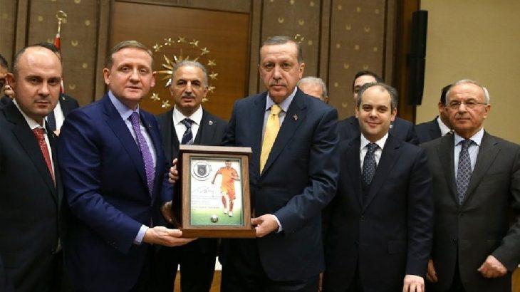 İBB Meclisi Başkanvekili AKP'li Gümüşdağ, görevinden istifa edeceğini açıkladı