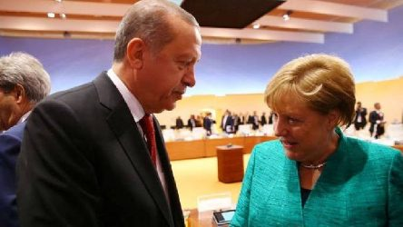Erdoğan ve Merkel arasında Libya ve Suriye görüşmesi