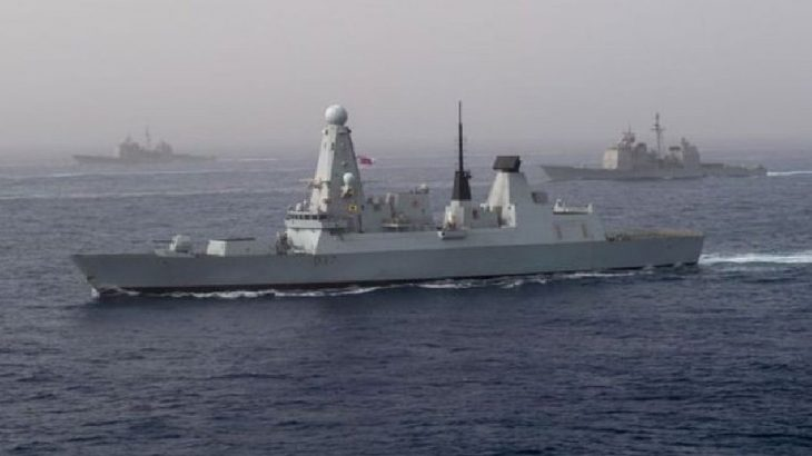 İngiliz donanması 2 gemisini Hürmüz Boğazı'na gönderiyor