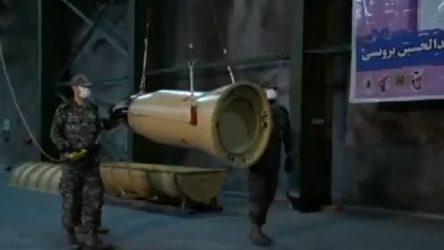 İran ABD üslerine atılan füzelerin görüntülerini yayınladı