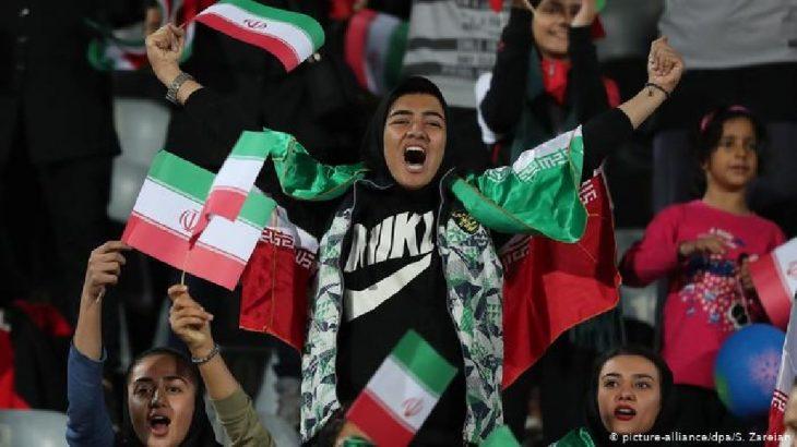 İran'da uluslararası futbol karşılaşmalarının oynanması yasaklandı