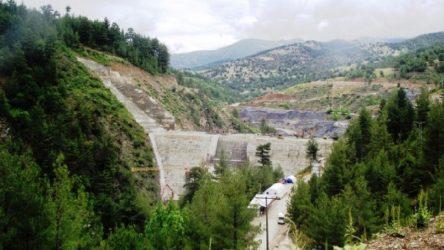 Isparta Sütçüler'de uyarılara rağmen inşa edilen baraj çatladı: Zehir saçıyor