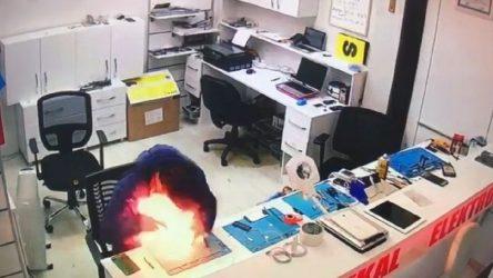 Kocaeli İzmit'te batarya patladı, cep telefonu tamircisi ölümden döndü