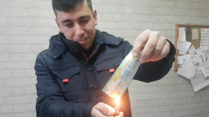 İkramiye isabet eden biletini'haram' diyerek yaktı