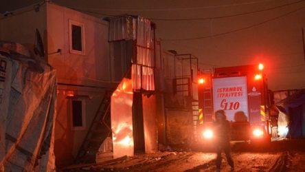Sultangazi'de işçi konteynerinde çıkan yangında 1 işçi yanarak can verdi