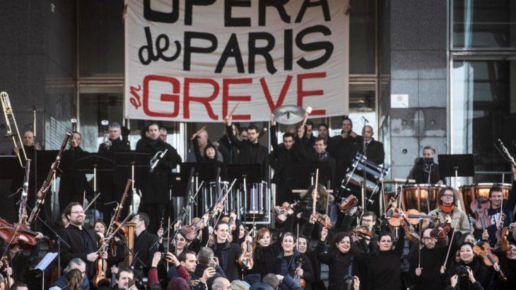 VİDEO | Grevdeki Paris Operası'ndan yeni yıl konseri