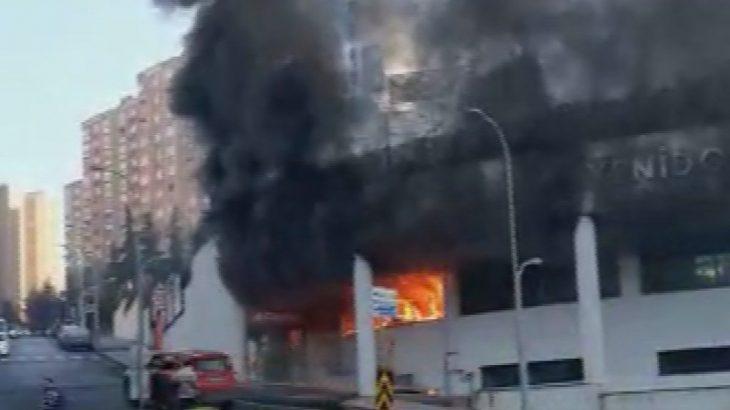 Başakşehir'de özel okulda yangın