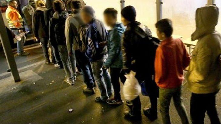 Korkunç rapor: Sığınmacı çocuklar yemek ve barınma karşılığında fuhuşa zorlanıyor
