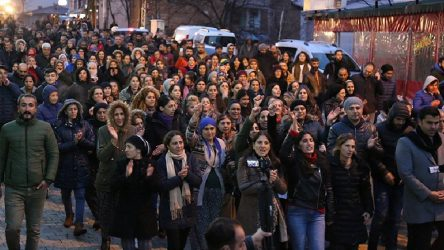 Dersim Pertek'te yaşanan çocuk istismarının ardından halk sokağa döküldü