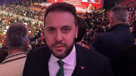 AKP'de bir istifa daha: Davutoğlu'nun ekibine katıldı