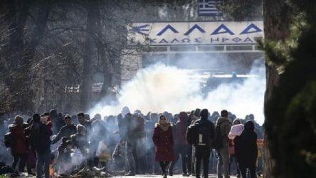Yunanistan: Sınırdaki 4 bin kişiyi geri çevirdik