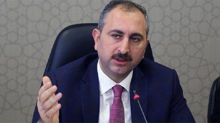 Adalet Bakanı Gül: Akıncı, ecdadımızı ve şehitlerimizi incitmiştir