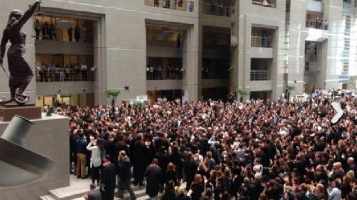 Avukatlar Sendikası Genel Başkanı Selin Aksoy: Sadece 'evde kal' demek yetmez!