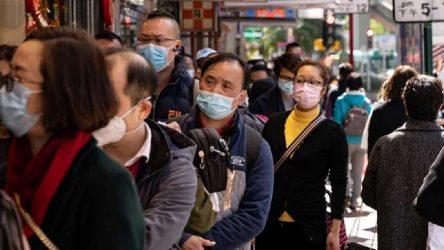 Sokak ortasında kalp krizi geçiren Çinli adama kimse müdahale etmedi