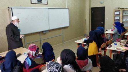 Çocuklara MEB onaylı 'Nakşibendi öğretileri' kitabı