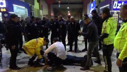 Adana Otogarı'nda silahlı ve bıçaklı kavga: 1'i ağır 3 yaralı
