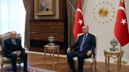 Saray'da Erdoğan-Bahçeli görüşmesi