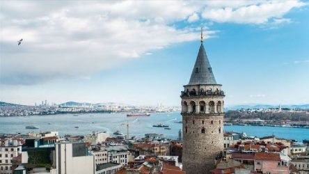 Galata Kulesi'nin işletmesi İBB'den alınıyor