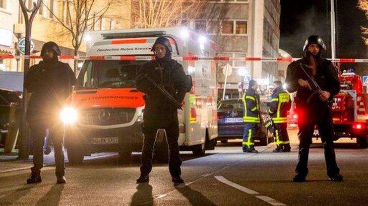Almanya'da iki kafeye silahlı saldırı: Çok sayıda ölü ve yaralı var