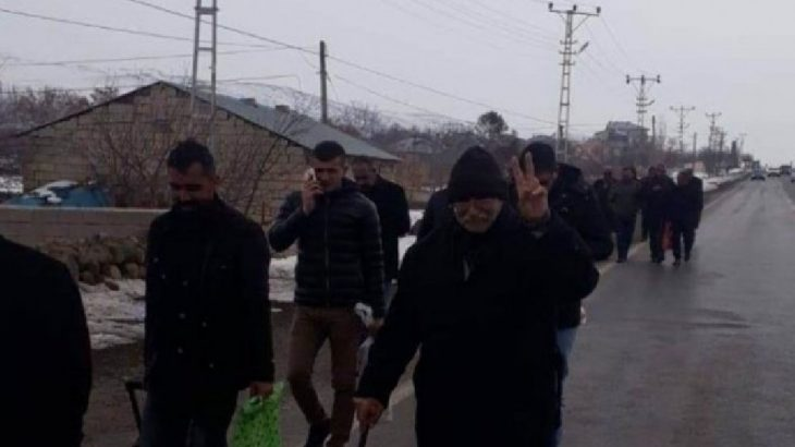 HDP Kongresi için kiralanan otobüsler'hacizli' denilerek durduruldu: Haciz kararı dün alınmış!