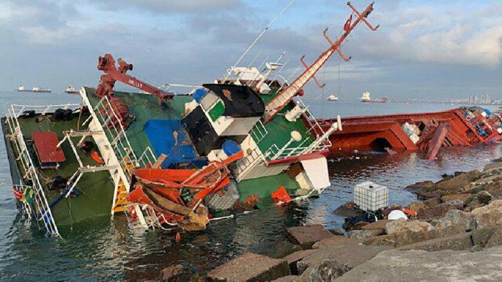 Tuzla'da sürüklenen gemi başka bir gemiye çarptı
