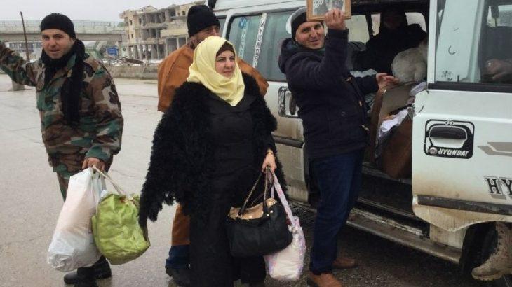 İdlib'in cihatçı çetelerden temizlenen Maarat el Numan kentine geri dönüşler başladı