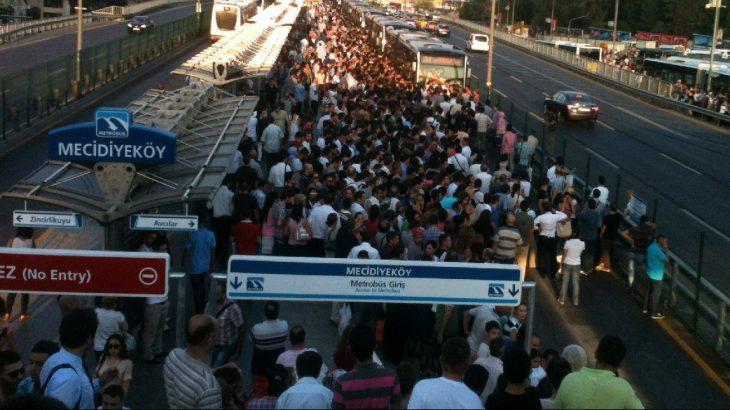 İstanbul'daki ulaşım zammı yargıya taşınıyor