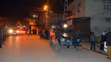 Adana'da 6 yaşındaki çocuk silahlı saldırının hedefi oldu