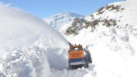 Kar kalınlığı 2 metreyi aştı, çığ uyarısı geldi