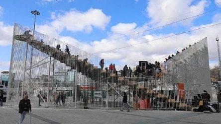 İBB kurdu, Bakanlığa bağlı kurul kaldırma kararı verdi