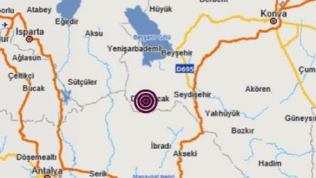 Konya'da deprem: Çevre illerde de hissedildi