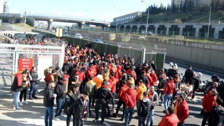 Kadıköy'de derbi öncesi olaylar: Gözaltılar var