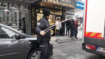Yer İstanbul Bahçelievler: Kuyumcuyu bıçakladı, altınlarla kaçtı