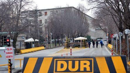 Meclis'te yine intihar girişimi: 'Çocuklarım aç' dedi, gözaltına alındı