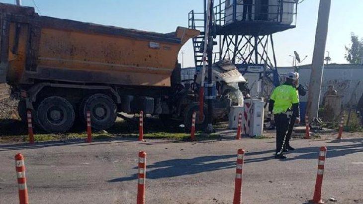 Mersin Akdeniz'de hemzemin geçitte kaza: 1 ölü