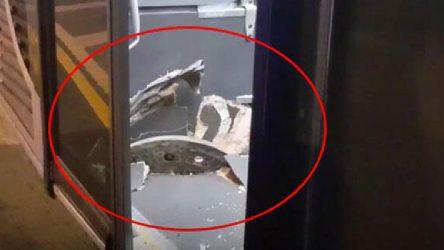 Rögar kapağı metrobüse saplandı!