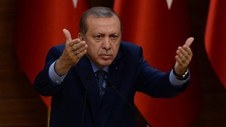 Ömer Çelik: Cumhurbaşkanı'mıza diktatör diyorlar