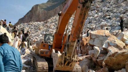 Pakistan'da maden çöktü: 10 işçi hayatını kaybetti
