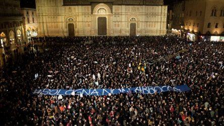 AVRUPA'DAN NOTLAR   İtalya siyasetinde yeni bir özne: Sardalyalar hareketi