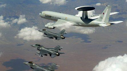 Türkiye, İdlib operasyonu için NATO'dan önleme uçusu talep etti
