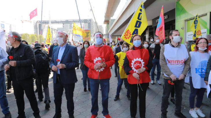 İstanbul 1 Mayıs Platformu, Taksim Kazancı Yokuşu'nda 1 Mayıs 1977'de yitirdiklerimizi andı
