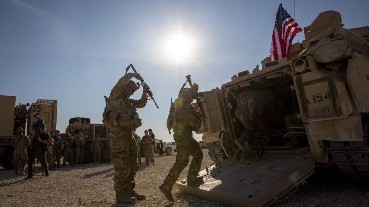 ABD, Suriye'nin en büyük petrol sahasında havaalanı inşa ediyor