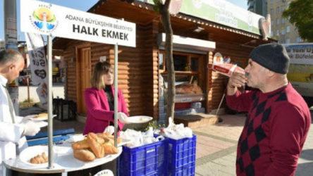 Adana Yüreğir'de belediyenin gönderdiği ekmekleri dağıtan 3 kişi gözaltına alındı