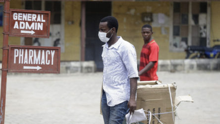 Koronavirüs Afrika'da yayılmaya devam ediyor